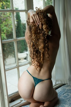 Julitte incall escort