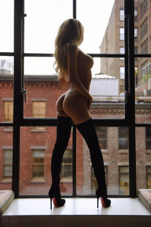 Cybille incall escort in West Hollywood