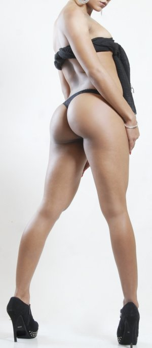 Mary-pierre independent escorts in Cleveland Texas